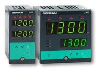 Konfigurovateľný regulátor s voliteľným vstupom Gefran 1200/1300